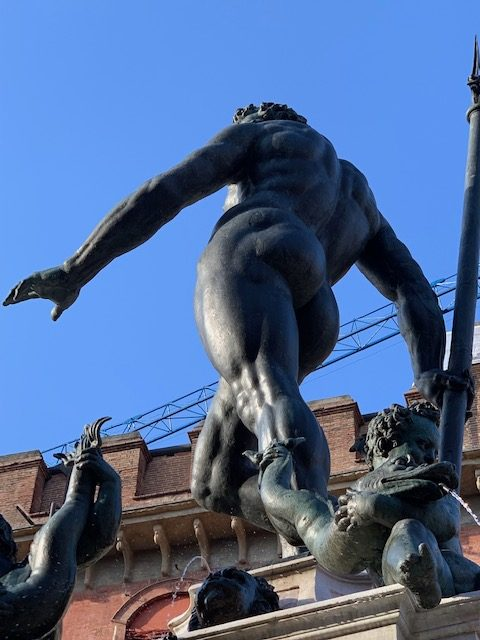 la statua bronzea del Nettuno photo copyright MyWhere