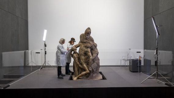 Il restauro a cantiere aperto della Pietà di Michelangelo