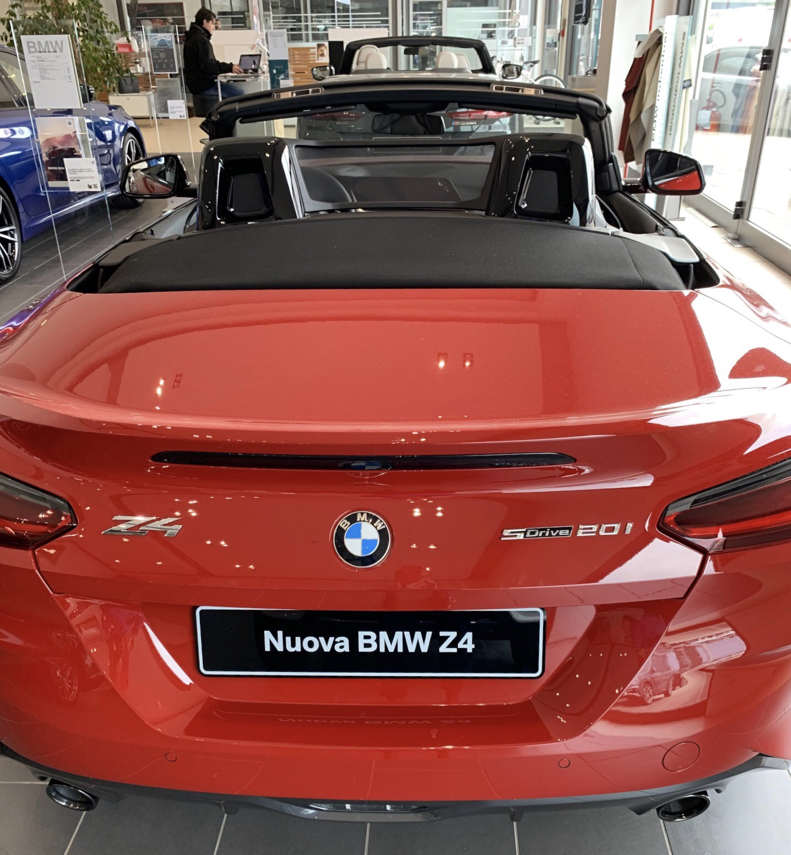 Foto Mywhere La nuova BMW Z4 rossa fiammante