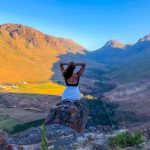 Ela Mare: 5 pratiche per vivere al meglio il ritorno alla luce con lo yoga