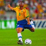 I 10 calciatori mancini più forti della storia del calcio