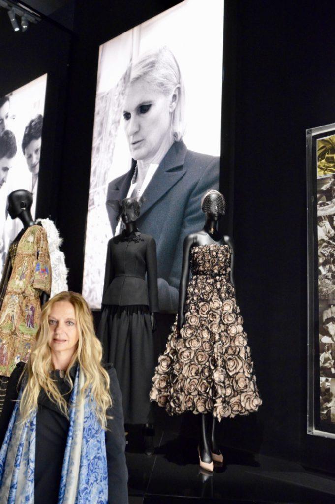 Fabiola Cinque mostra Christian Dior