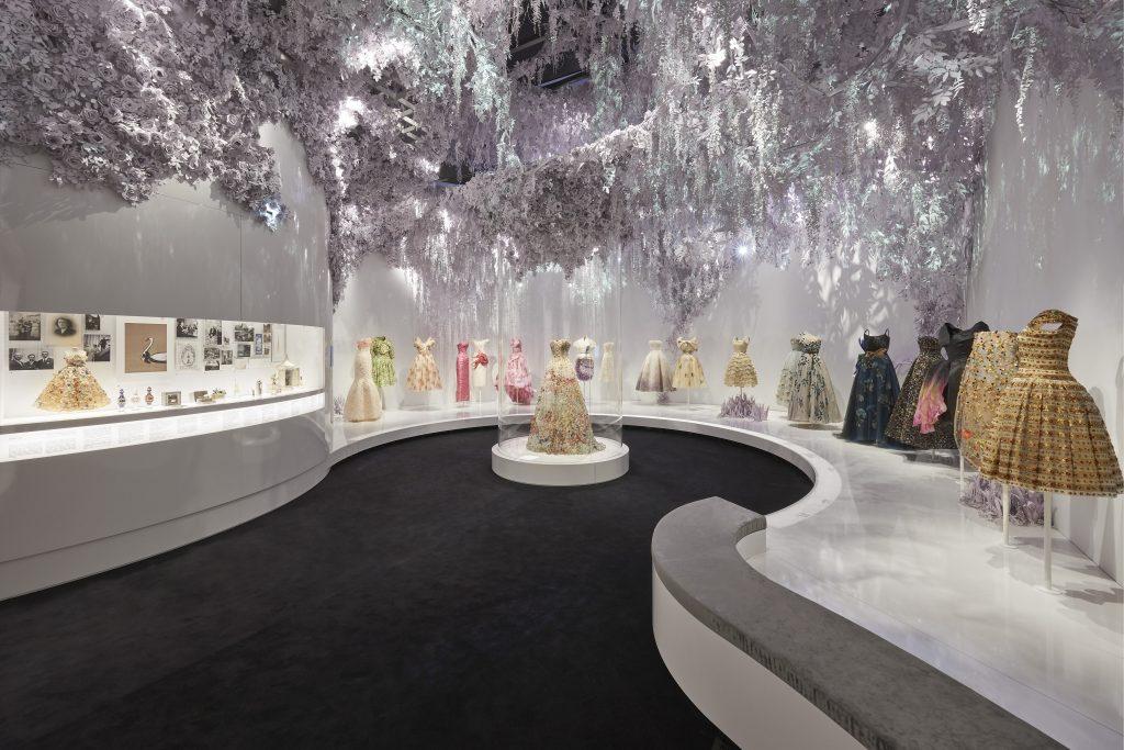 la rosa nella moda Christian Dior Mywhere