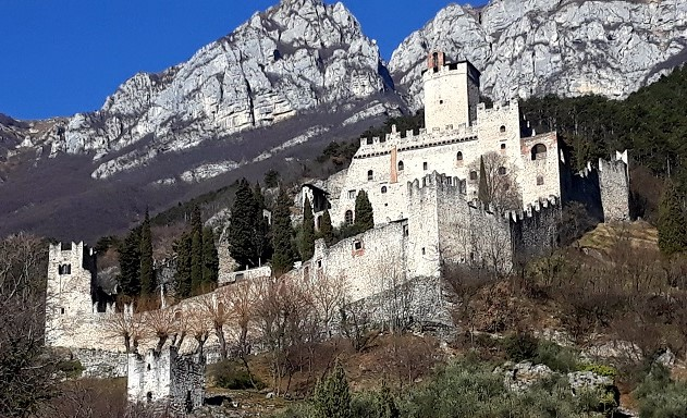 Castello di Avio Sabbionara