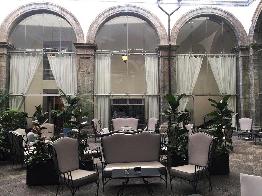 hotel palazzo caracciolo Napoli foto mywhere