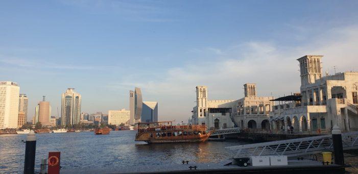 Viaggio a Dubai non solo lusso. La città oltre il gold souk