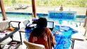 Lockdown in Barbados, foto stay home. Scatti della quarantena a Bridgetown