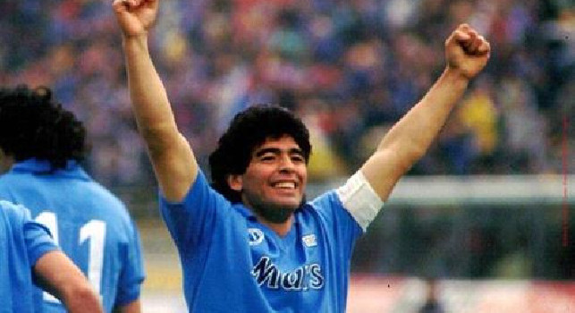94 anni Napoli: Diego Armando Maradona al San Paolo