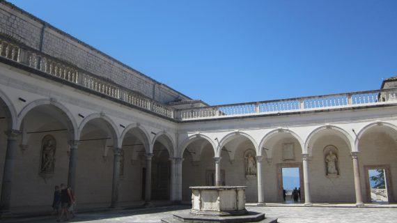 Percorso tra Dante e San Benedetto all'Abbazia di Montecassino