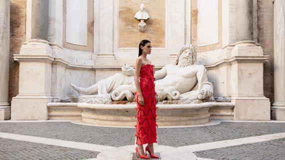 Piazza del Campidoglio torna ad essere la cornice perfetta per l'alta moda
