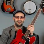 Imparare a suonare la chitarra su YouTube: intervista a Claudio Cicolin