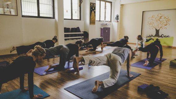 Ottobre olistico con lo Yoga: intervista al Maestro Maurizio Morelli