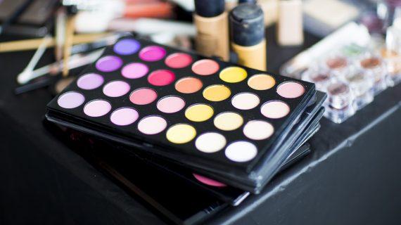 Il mondo intero ama il make-up naturale e biologico