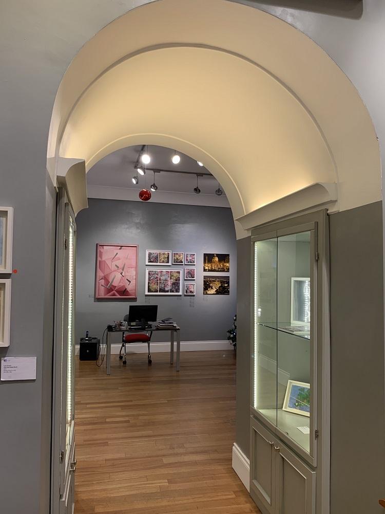 Galleria Russo-manuel-felisi-giacomo-balla-rosa
