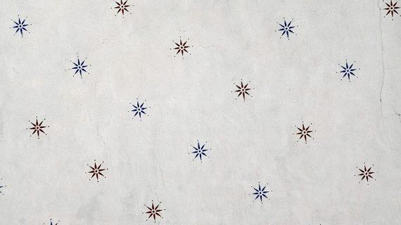 Regalare stelle anche a distanza per sentirci più vicini. Ecco le idee più originali