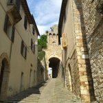 Apricale, il borgo di pietra che ricorda una favola