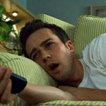 Dai rimpianti notturni al troppo pc, ecco 7 (+1) cattive abitudini del sonno che ci rovinano