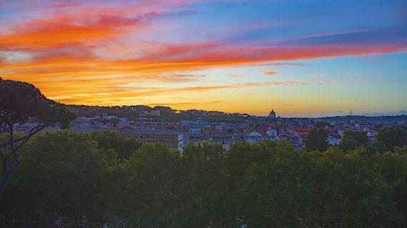 Sui tetti della Capitale: le terrazze di Roma più belle per ammirare la Città Eterna