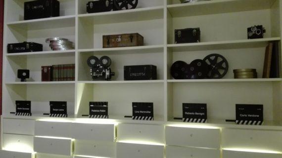 Cinecittà si Mostra e riapre al pubblico: i nuovi allestimenti dedicati a Fellini, Masina, Manfredi e Pasolini