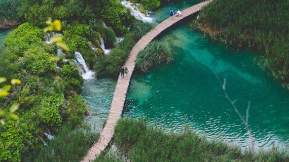 Viaggi all'estero, zone Covid Free e passaporto sanitario: come partire in sicurezza?