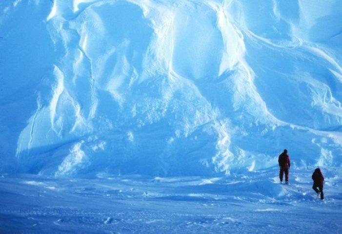 Distanziamento sociale. Stiamo diventando glaciali?