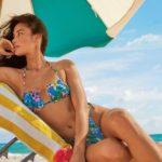 Tendenze Moda Estate 2021: arrivano i bikini e gli occhiali da sole più glam che mai