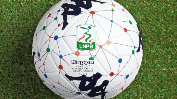 Kombat Ball 2022: il pallone della Serie B che omaggia le città d'Italia con un design innovativo