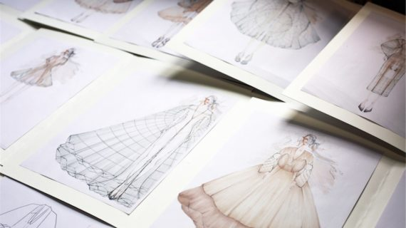 Lavorare nella moda in equilibrio fra ricerca personale e identità della couture