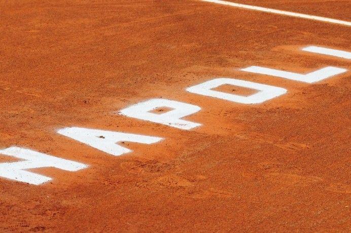 Tennis Napoli Cup: fra terra rossa e mare